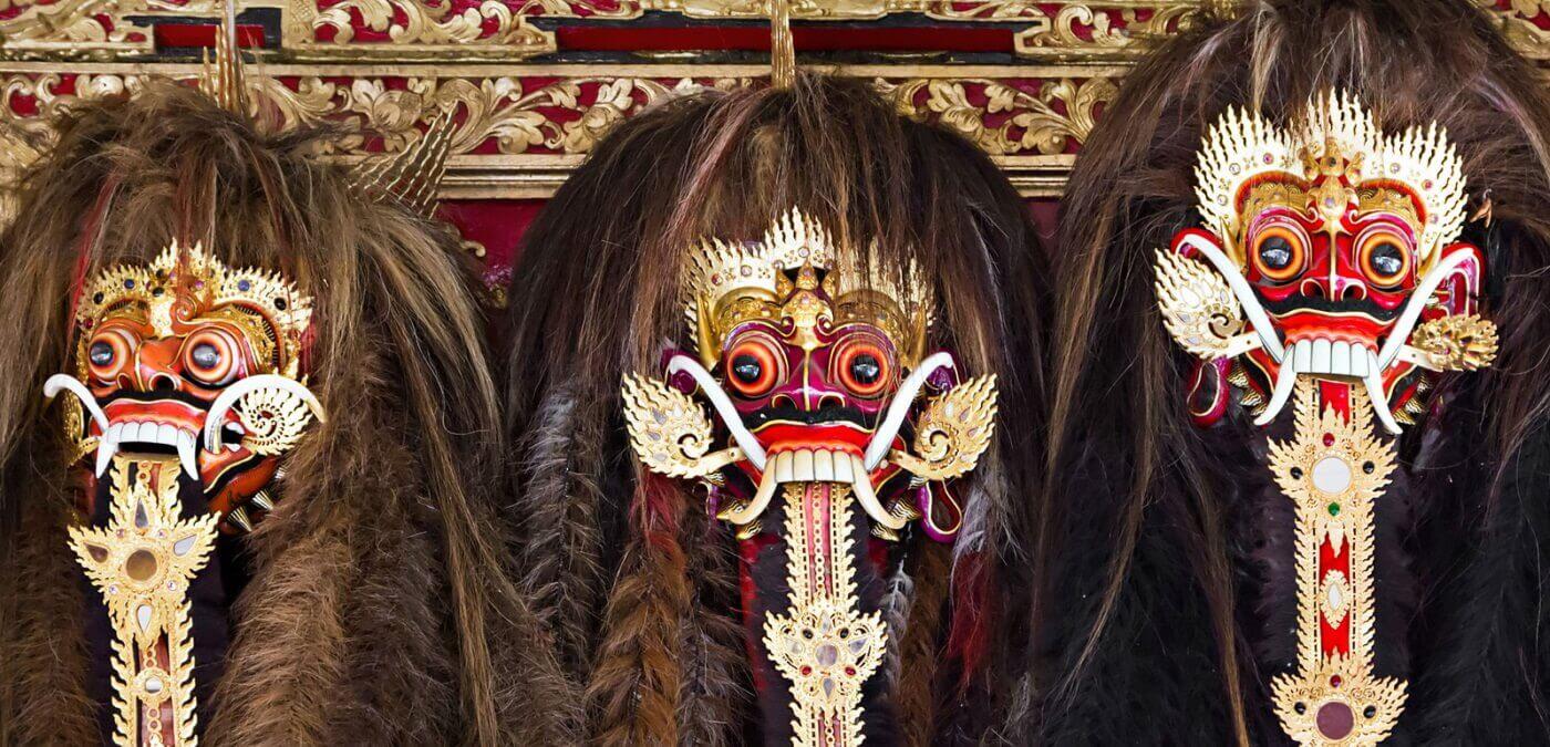 Masque typique indonésie - Naga Rum